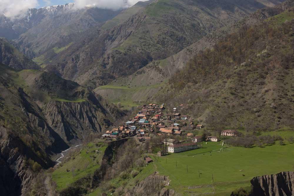 Saribash-village-in-Qakh