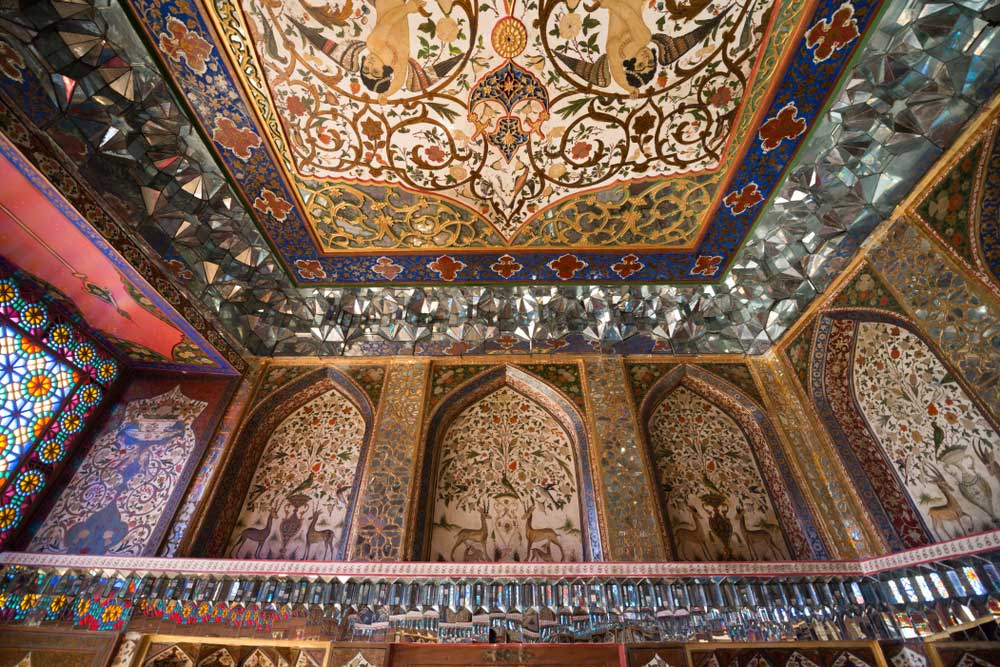 Interior-of-sheki-khan-palace