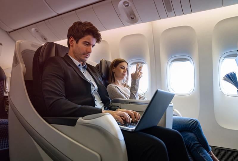 Авиабилеты бизнес-класса в 2 направления в Баку