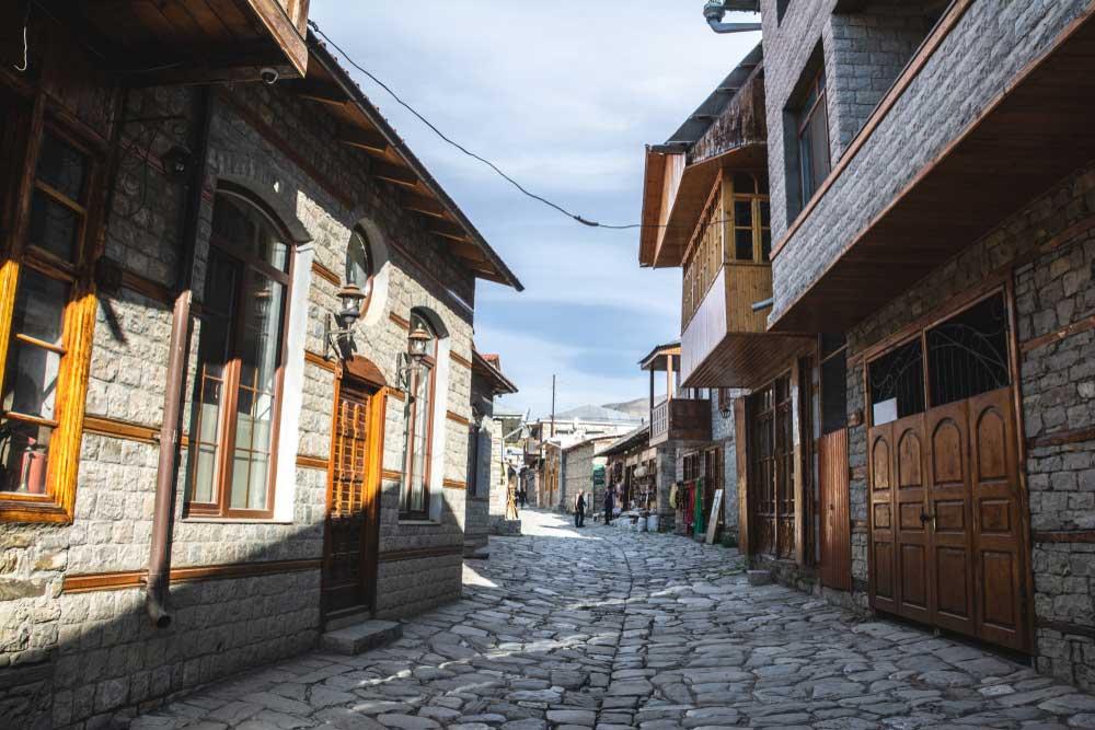 Lahij-Village