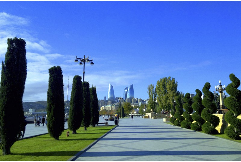 Baku Seaside Boulevard - What to enjoy there?