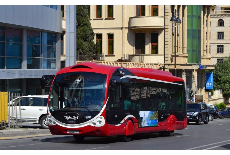 How to use public transport in Baku